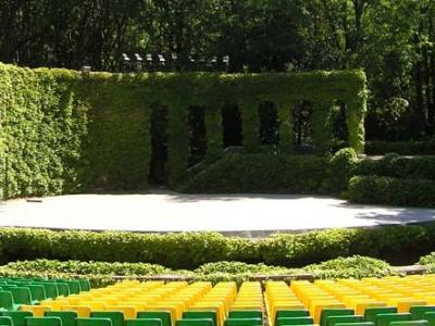 Започна продажбата на билети с ограничени места за Театрално лято в Летен театър